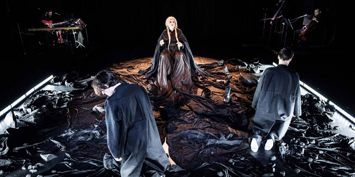 Medea by Euripides -Medea's Son(g)s Live streaming